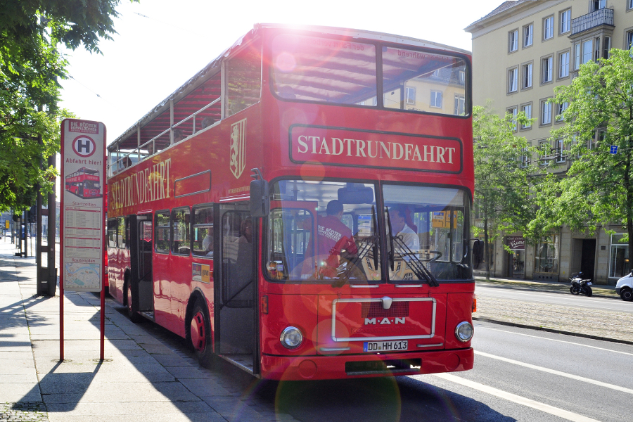 Sightseeing tour – The Red Double-decker